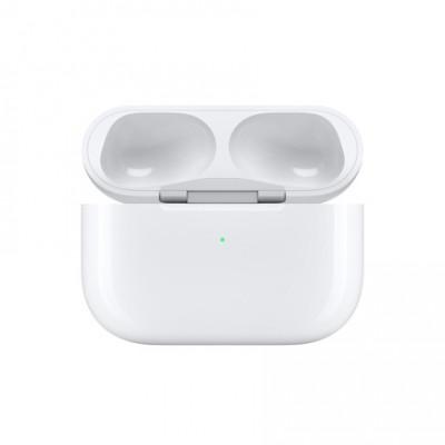 Зарядный футляр для Apple AirPods Pro