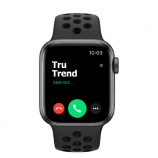 Apple Watch SE Nike+ GPS, 40mm,  корпус из алюминия цвета «серый космос», спортивный ремешок цвета «антрацитовый/чёрный»