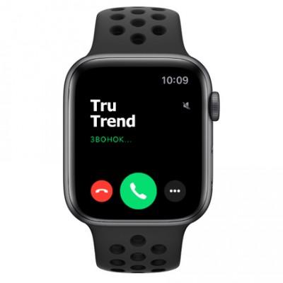 Apple Watch SE Nike+ GPS, 44mm,  корпус из алюминия цвета «серый космос», спортивный ремешок цвета «антрацитовый/чёрный»